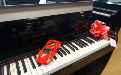 "DEXIBELL VIVO Digital Pianos – ""Christmas Joy"""