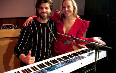 DEXIBELL: Christian Frank mit Nina Proll live